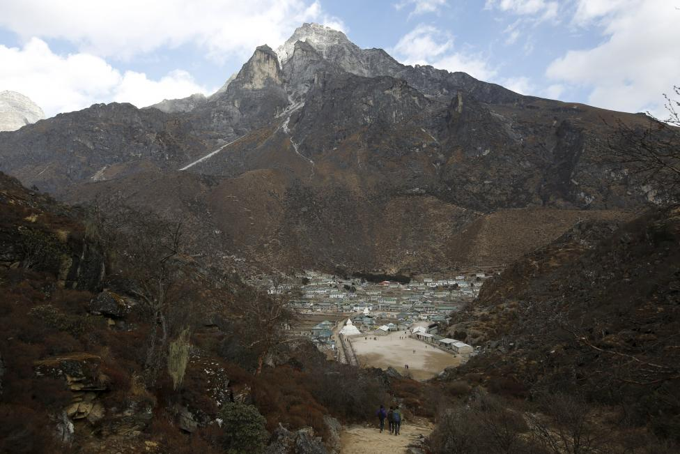 A general view of Khumjung, a typical Sherpa village, is pictured in Solukhumbu district also known as the Everest region, in this picture taken November 30, 2015. REUTERS/Navesh Chitrakar