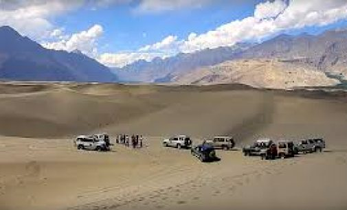 Qualifying round of Sarfa Ranga highest cold desert jeep rally kicks off at Shigar