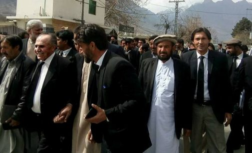 Constitutional, democratic rights: GB lawyers hold protest march for their demands